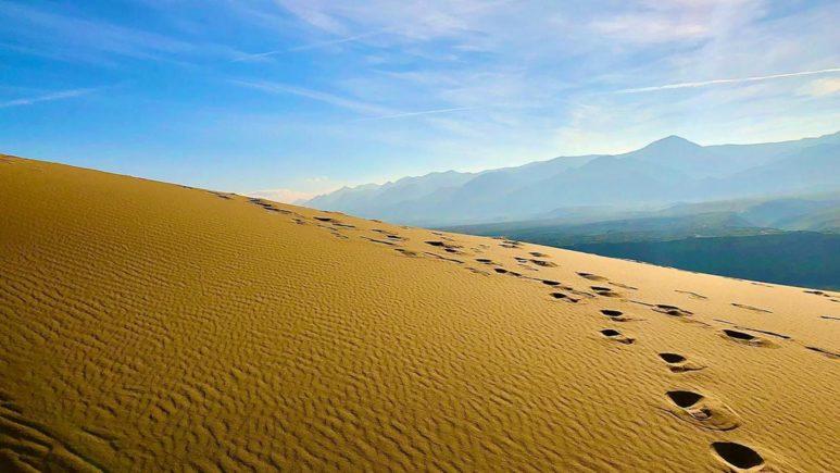 Бархан Сарыкум - маленькая пустыня