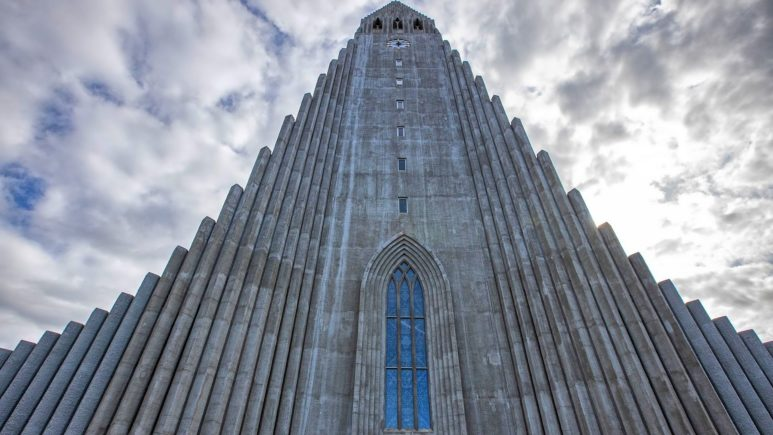 Iceland-Reykjavik-Hallgrimskirkja (1)