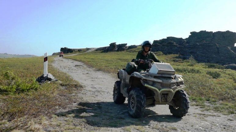 Обучение вождению квадроцикла в экспедиционных условиях на пересечённой местности