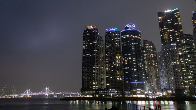 south-korea-night-busan-bridge (2)