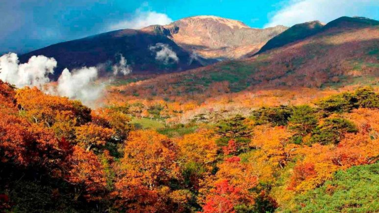 Russia-Kuril-Islands-Iturup-Baransky-Volcano (3)
