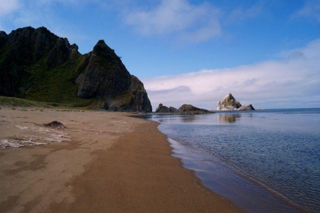 Russia-Kuril-Islands-Kunashir-Krugly-Cape (1)