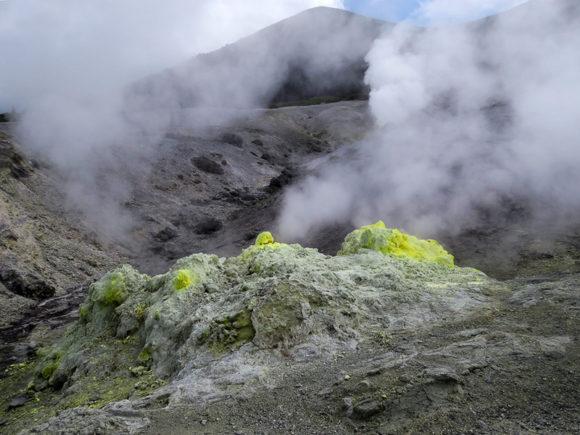 Russia-Kuril-Islands-Kunashir-Mendeleev-Volcano (1)