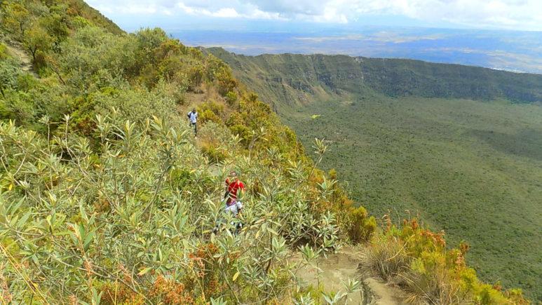 Поднимаемся к кратеру спящего стратовулкана Лонгонот